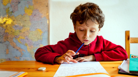 Devoirs, leçons et motivation scolaire