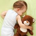 Concilier les horaires de sieste de bébé avec la nounou: un défi !