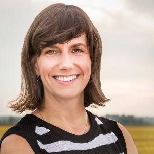 Julie Brien - psychosociologue, coach familial et coach PNL certifiée