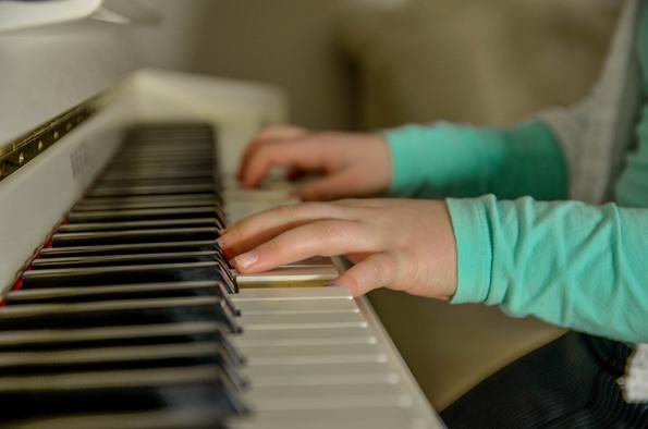 oui ou non au cours de piano pour mon enfant?!