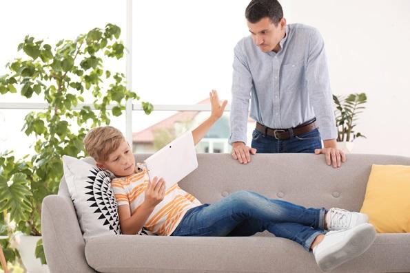 Intervenir ou réagir avec nos enfants?