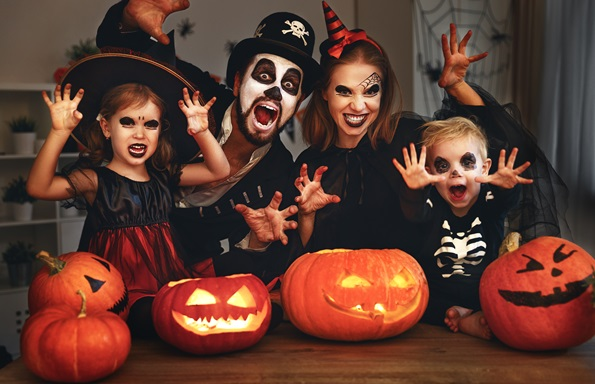 Le plaisir de l'Halloween en famille!