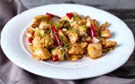 Nouilles aux amandes à l'asiatique