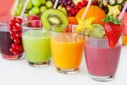 Le jus de fruits, même lorsqu'il est pur à 100 %, est moins intéressant qu'un fruit frais.