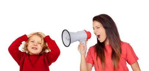 Ma fille crie sur ses enfants et je ne suis pas d'accord!