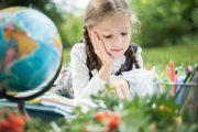 Les vacances d'été: travaux scolaires ou repos?