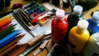 Journée pluvieuse ou séjour forcé à la maison? La création artistique vient à votre secours!